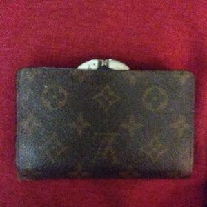 Vintage Louis vuitton wallet